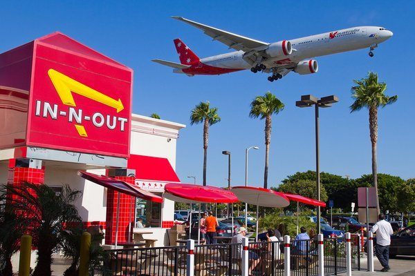 in-n-out-burger-LAX.jpg